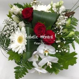 bouquet rond blanc et ses...